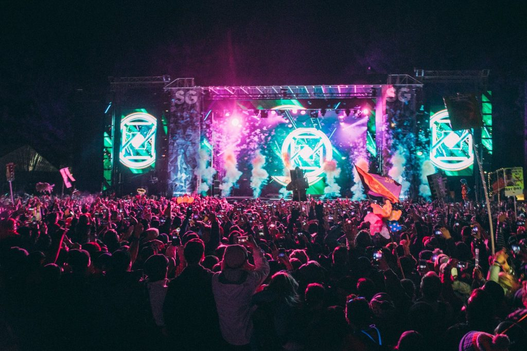 snowglobe music festival main stage
