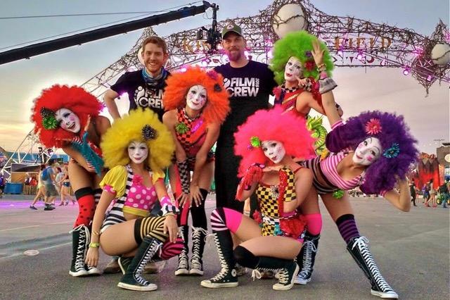 alexandra_izzo16edc_nyc_razzle_dazzle_clowns__i_am_the_red_wig._